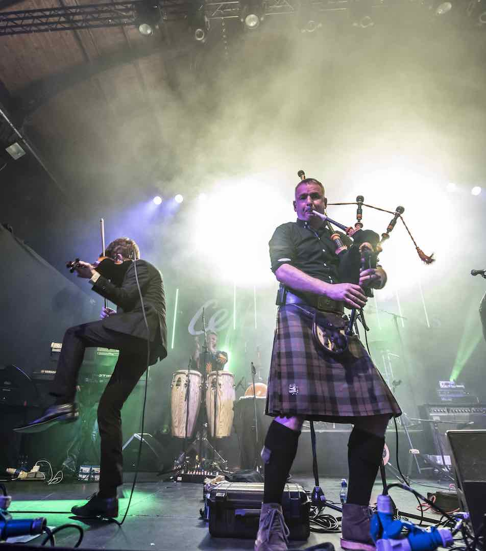 Peatbog Faeries - High Octane Scottish Dance Music