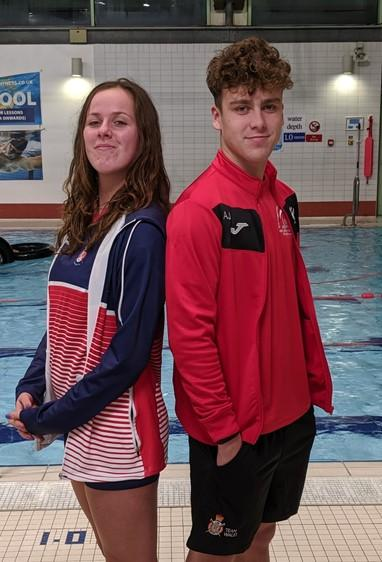 Amy Weston and Alex Jackson. Picture: SOUTH WORCESTERSHIRE LIFESAVING CLUB