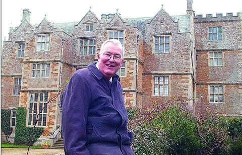 EXPERT: Guy Stapleton pictured at Chastleton House in 2006. He died following a short illness.