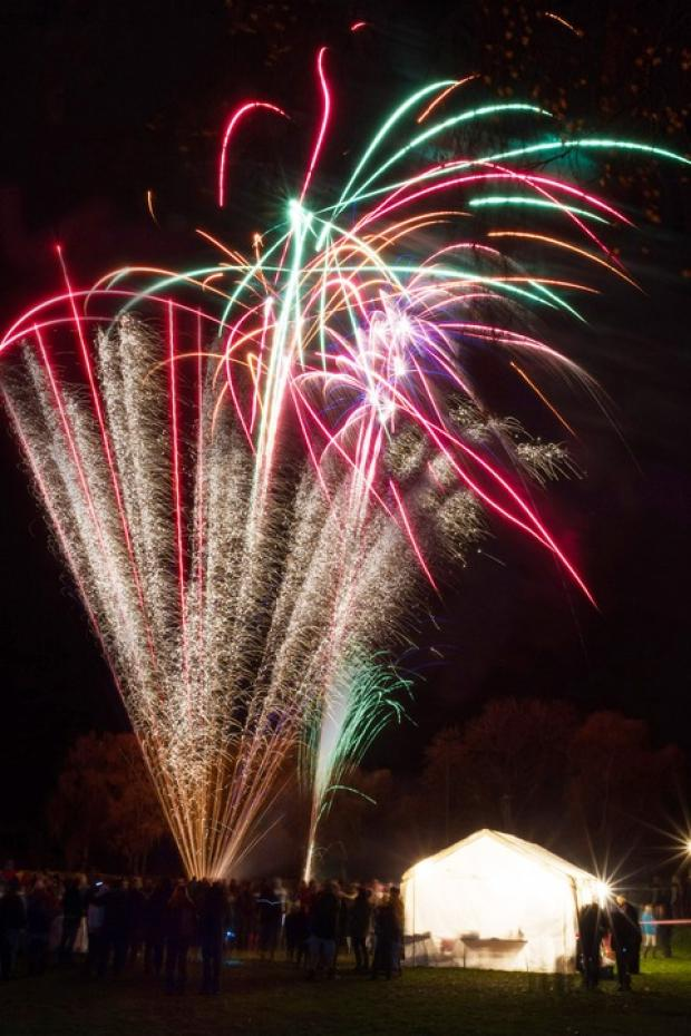 Cotswold Journal: Spectacular display