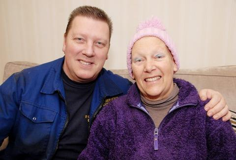 LEUKAEMIA: Diane Holloway with her brother David Alderton, who she has thanked for saving her life after he donated bone marrow. 0313223501