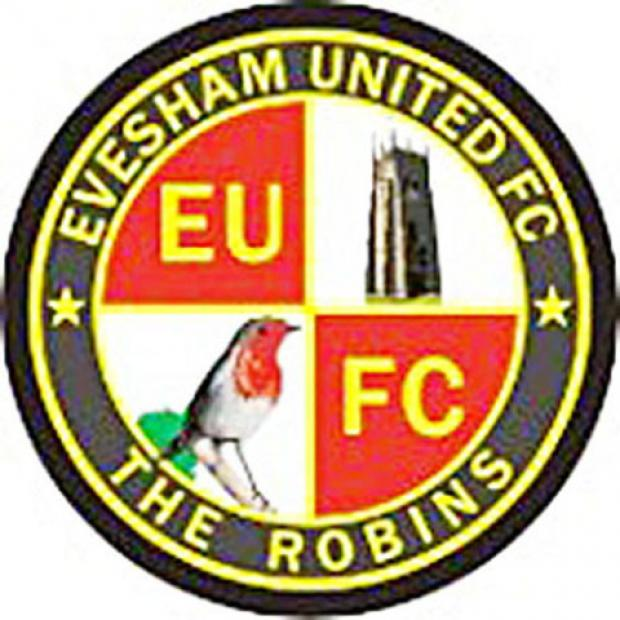 Evesham in triple signings