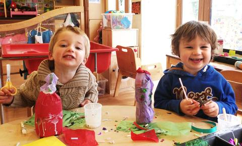 Youngsters make gifts for mum