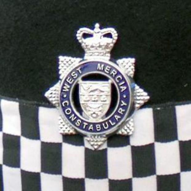 Cotswold Journal: Police incident on Pershore Bridge