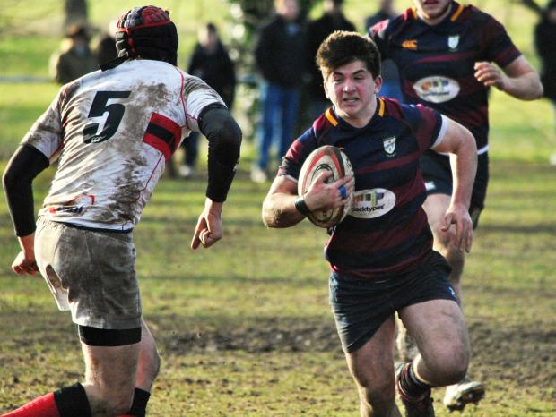 POWERING THROUGH: Ady Cook on the charge for Evesham. Picture: GINO DI FRANCO.