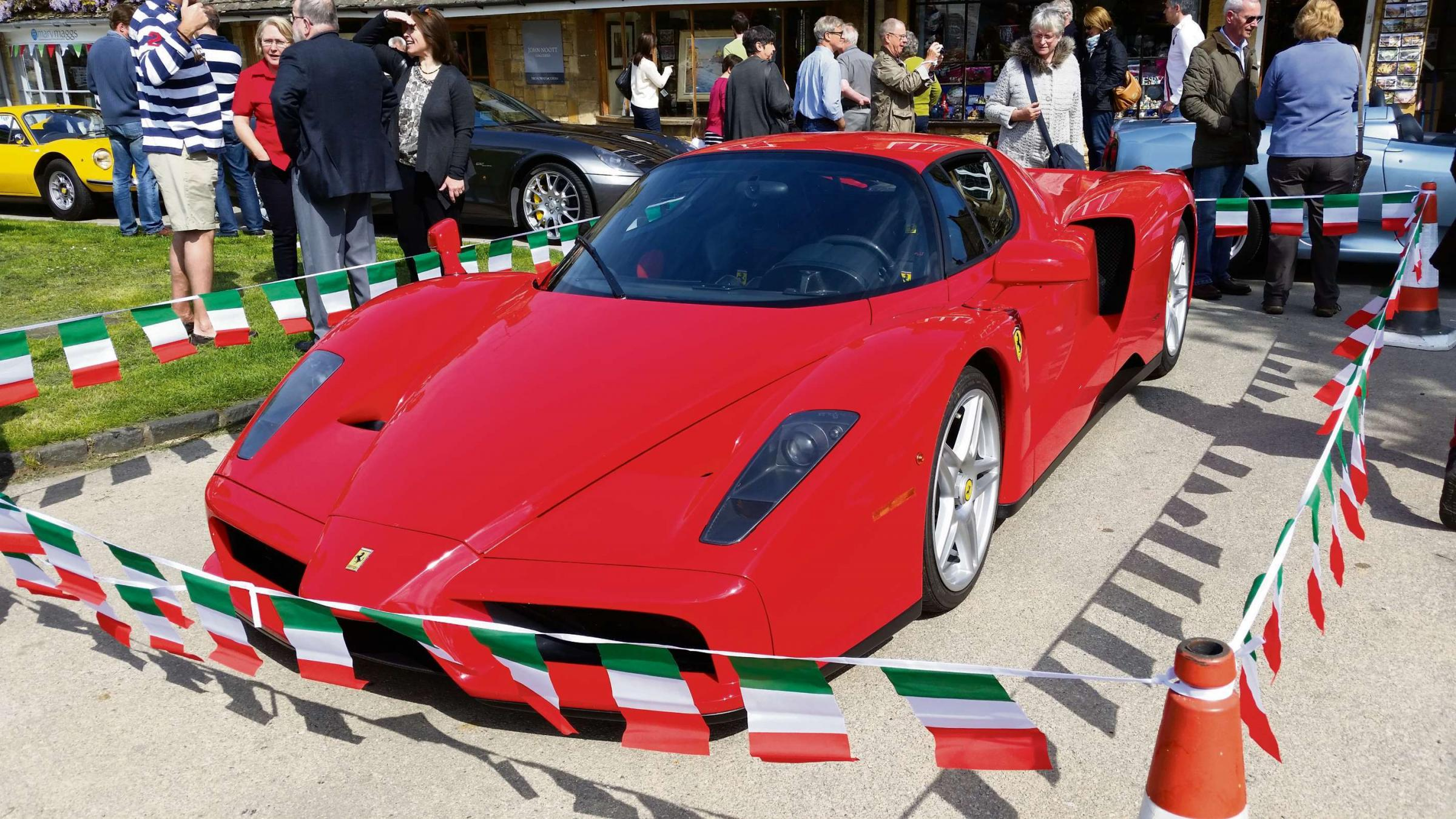 Super cars make for super day out in Broadway