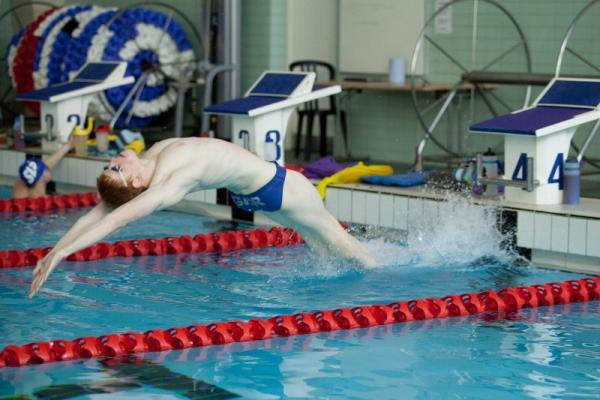 MAKING A SPLASH: Evesham swimmer Cameron Brodie is hoping to secure at medal at the Commonwealth Games in the 200-metre butterfly as he represents Scotland in Glasgow on Saturday. Picture: IAN WRIGHT.
