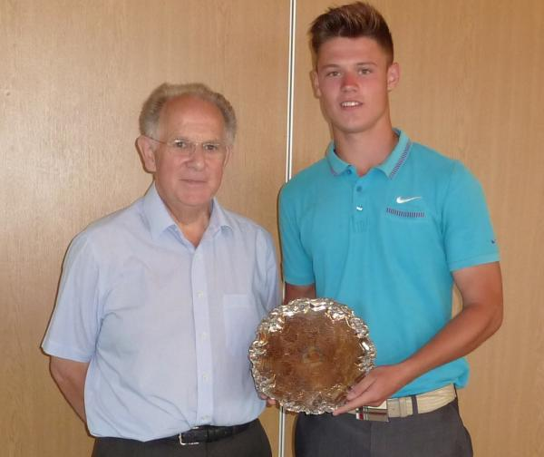 CLUB CHAMPION: Left, Broadway victor Kieran Sutton (right) is presented the shield by club captain Richard Stone after his comfortable success over two days. Picture: DEBBIE DONOGHUE.