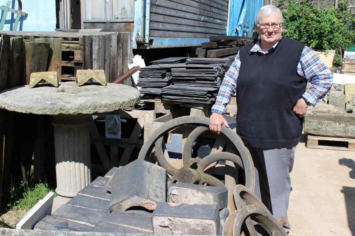 Cox\'s Architectural in Moreton-in-Marsh, known as Cox\'s Yard to shut ...