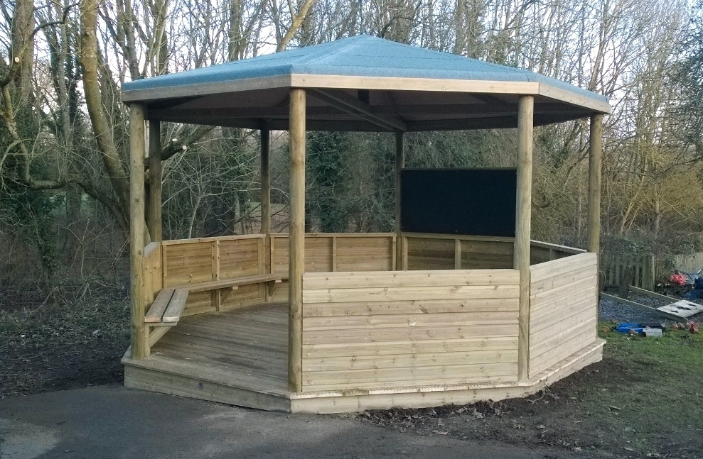 NEW: A new outdoor classroom at Kingham Primary School