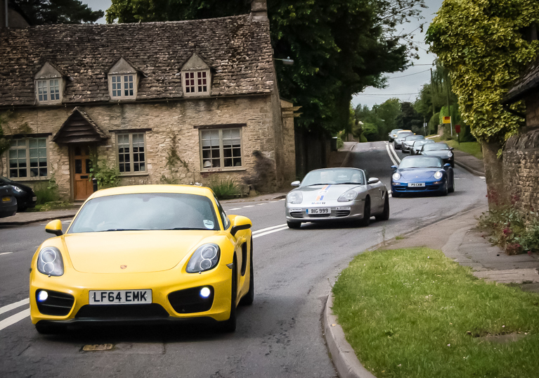 FLASH: A number of Porsches will be at Sudeley Castle