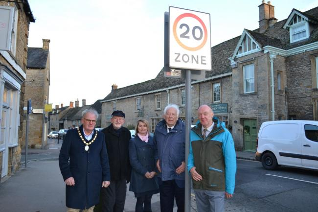 m left to right: Stow on the Wold Town Cllrs Ben Eddolls, Mayor & Cllr Alun White, Chairman of Planning, traffic & parking committee, Miss Alexis Newport, GCC's Traffic Regulation Order Manager, County Cllr for Stow Division Dr Nigel Moor &a