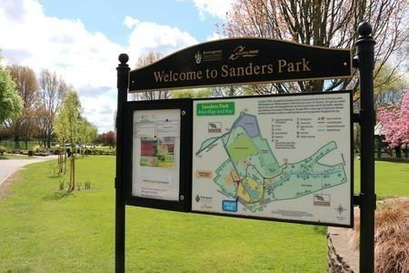 A large gang of youths terrorised park-goers in Sanders Park on Wednesday evening.